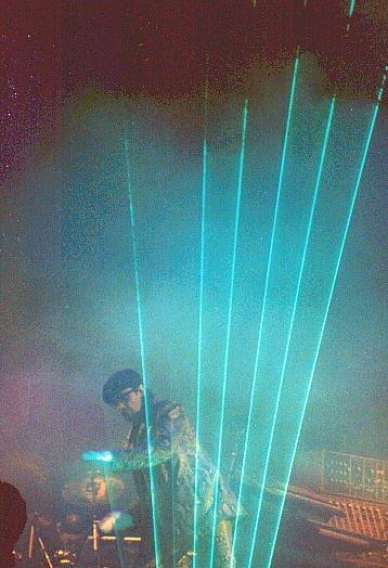 La harpe laser verticale, telle qu'utilisée à Moscou, en 1997