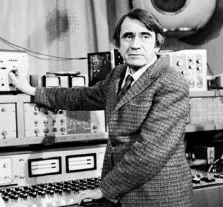 Pierre Schaeffer, pionnier de la musique électronique.