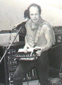 Jan Hammer en pleine improvisation au Keytar