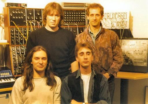 Redschift des débuts. De gauche à droite : Rob Jenkins, Mark Shreeve, James Goddard et Julian Shreeve