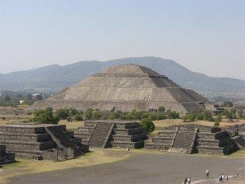 Le site aztèque du Téotihuacan au Mexique