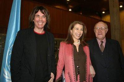 De gauche à droite : Jean Michel Jarre, S.A.R. Princesse Firyal de Jordanie et Mstislav Rostropovitch